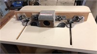 Makita 3612BR Router w/ Router Table