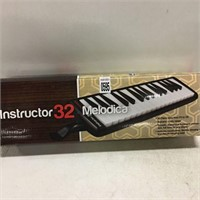 INSTRUCTOR 32 MELODICA PIANO KEYS F3 TO C6