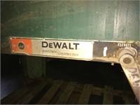 DeWALT Industrial Metal Cutter