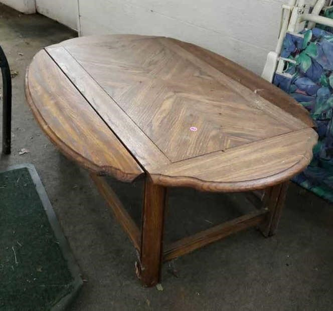 Coffee Table With Fold Down Sides Harmeyer Auction