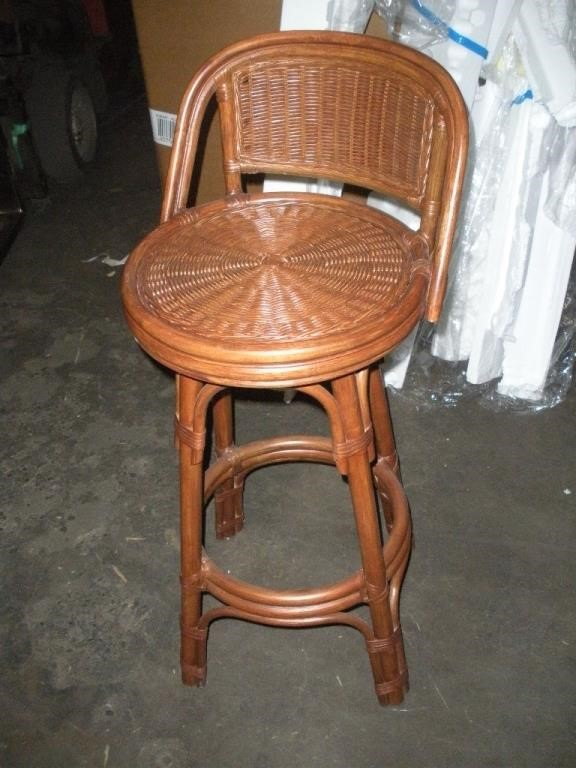Magnificent Brown Wicker 30 Inch Swivel Bar Stool Brand New Reeds Machost Co Dining Chair Design Ideas Machostcouk