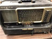 Vintage Zenith Wave Magnet Radio