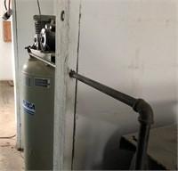 American 6HP 60-gallon air compressor