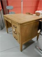 4 Drawer Wooden Teachers Desk