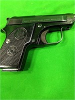 .22 Short Beretta - 950 BS Pistol