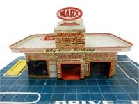 MARX SERVICE CENTER GARAGE TIN TOY