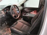 2012 CHEVY SUBURBAN FL 2500 C/W DOG KENNEL &