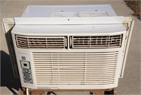 Frigidaire 8,000BTU window air conditioner