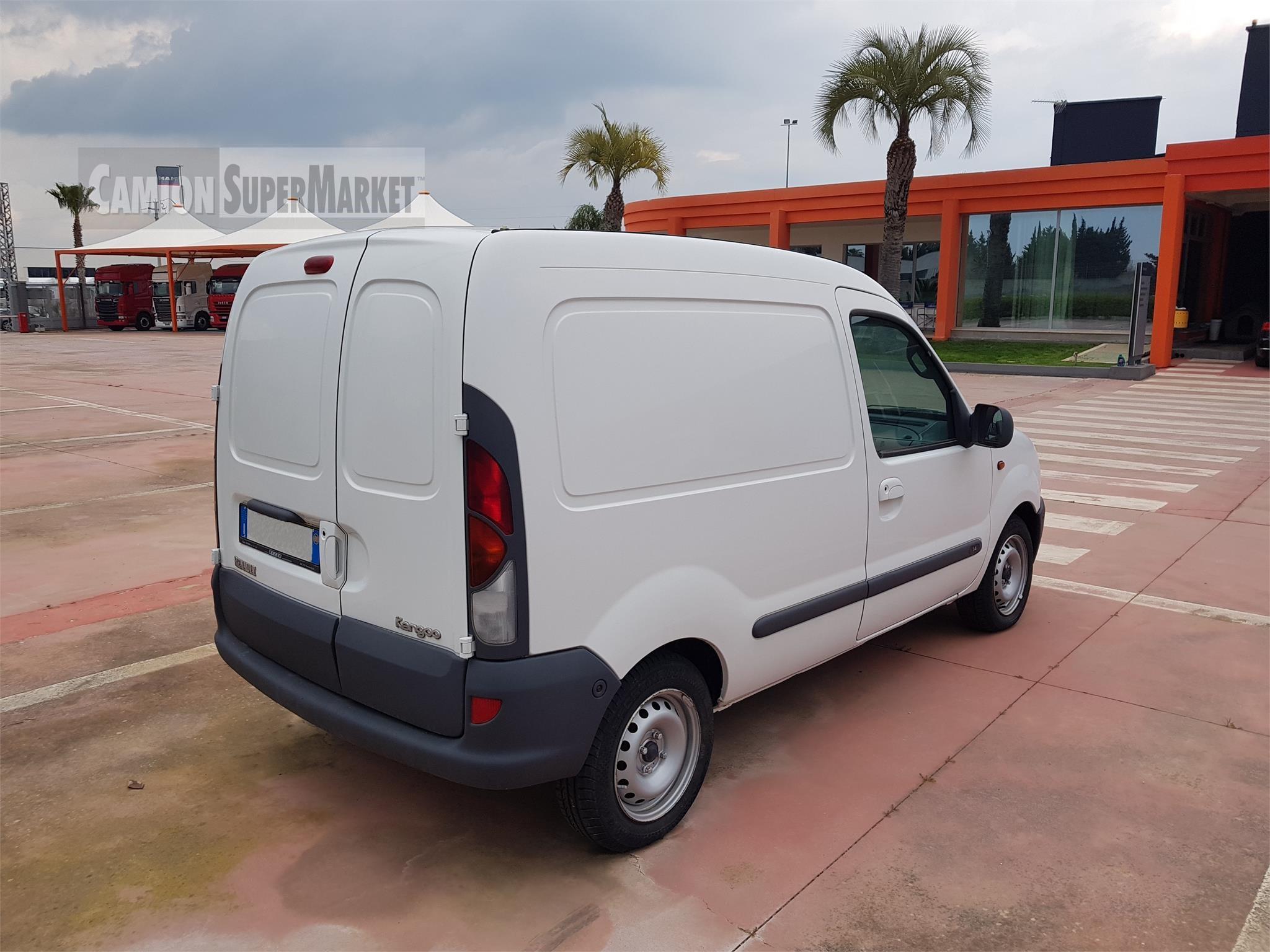 Renault KANGOO Usato 2000