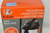 Kubota 4gal. Wet Dry Vac with Filter Bags