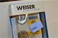 Weiser Entry Handle Set with Interior Knob