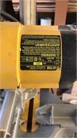 Dewalt DW708 compound miter saw