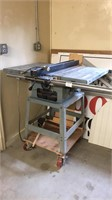 Delta 10 in contractor's table saw