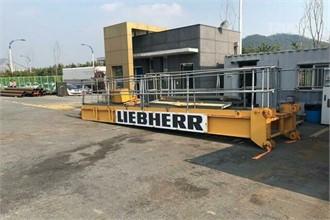 LIEBHERR 280ECH12