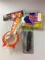 3 pc - Plastic Strainer Set, Utility Knife &