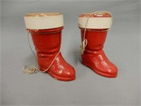 GROUPING OF 2 1940'S PAPER MACHE SANTA'S BOOTS