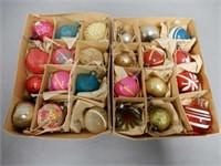 LOT OF 24 VINTAGE SMALL CHRISTMAS TREE ORNAMENTS