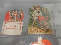 GROUPING OF 8 VINTAGE SMALLER VALENTINES