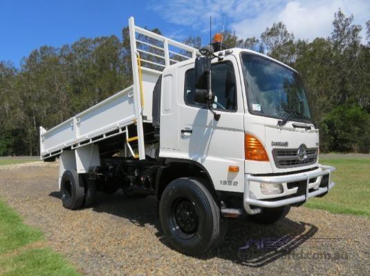 2009 Hino 500 Series 1322 GT 4x4 - Trucks for Sale