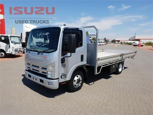 2014 Isuzu NPR 200 Used Isuzu Trucks - Trucks for Sale