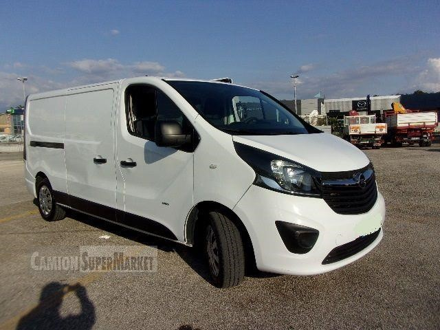 Opel VIVARO used