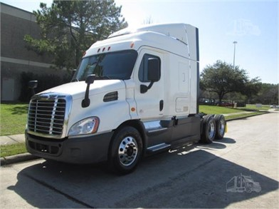 Trucks & Trailers For Sale By CORPUS CHRISTI FREIGHTLINER - 7