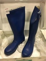 M&B WOMENS RUBBER BOOTS SIZE 9