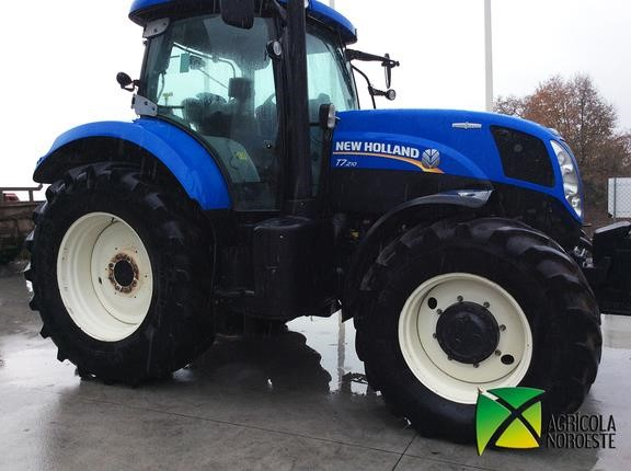 2012 NEW HOLLAND T7 210