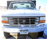 1992 Ford F-450 Pickup (view 4)
