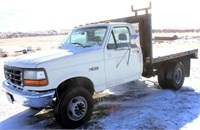 1992 Ford F-450 Pickup (view 3)