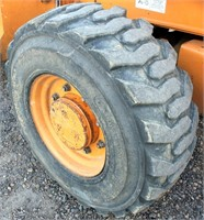 2001-02 Case 580 Super M Backhoe (view front right tire)