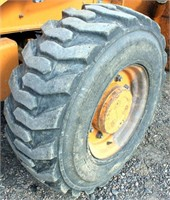 2001-02 Case 580 Super M Backhoe (view front left tire)