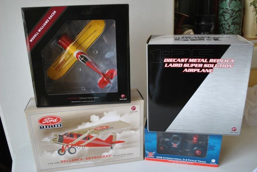 3 Diecast Airplanes & a Truck! | Four Seasons Auction Gallery LLC