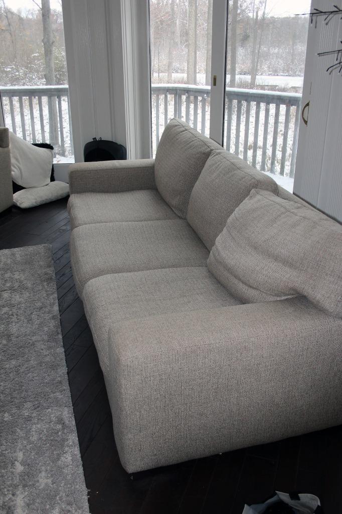 Lot 11 Maxhome Furniture Better By Design Sofa