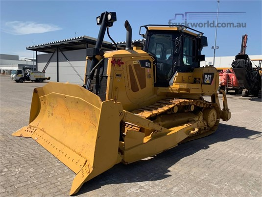 2011 Caterpillar D7E Heavy Machinery for Sale
