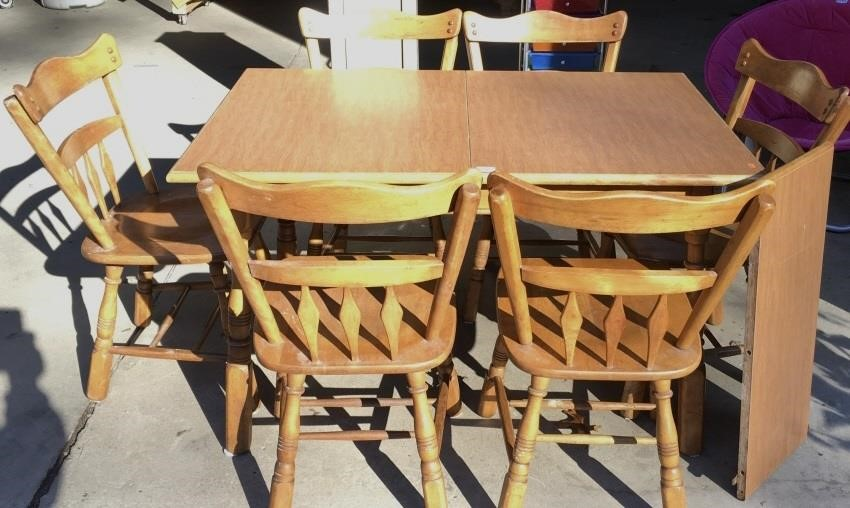 Vintage Maple Formica Top Dining Table and Chairs ...
