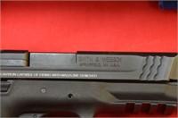 Smith & Wesson M&P 45 .45 auto Pistol