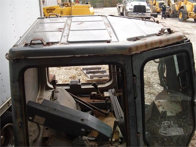 KOMATSU D65EX-12 Cab, EROPS For Sale In LILBURN, Georgia