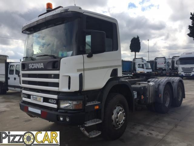 Scania P124.420 Usato