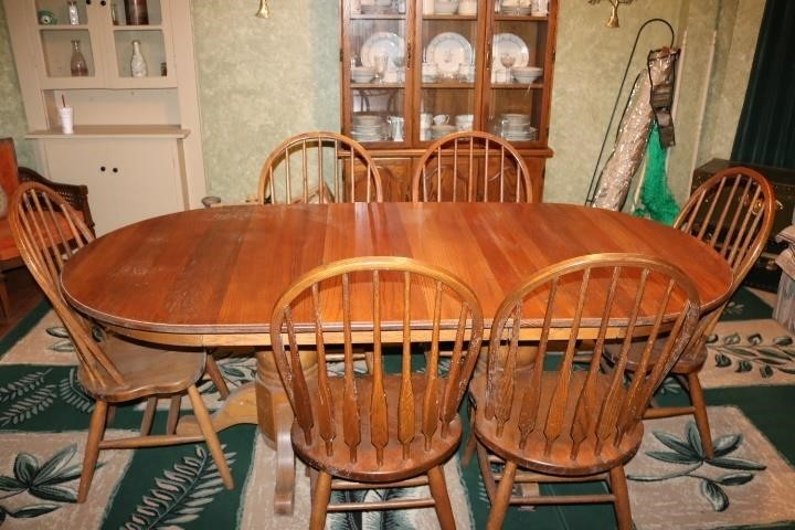 Walter Of Wabash Oak Dining Room Suite With Twin Eastern