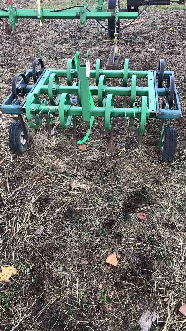Homemade 3pt chisel plow   Musser Bros  Inc