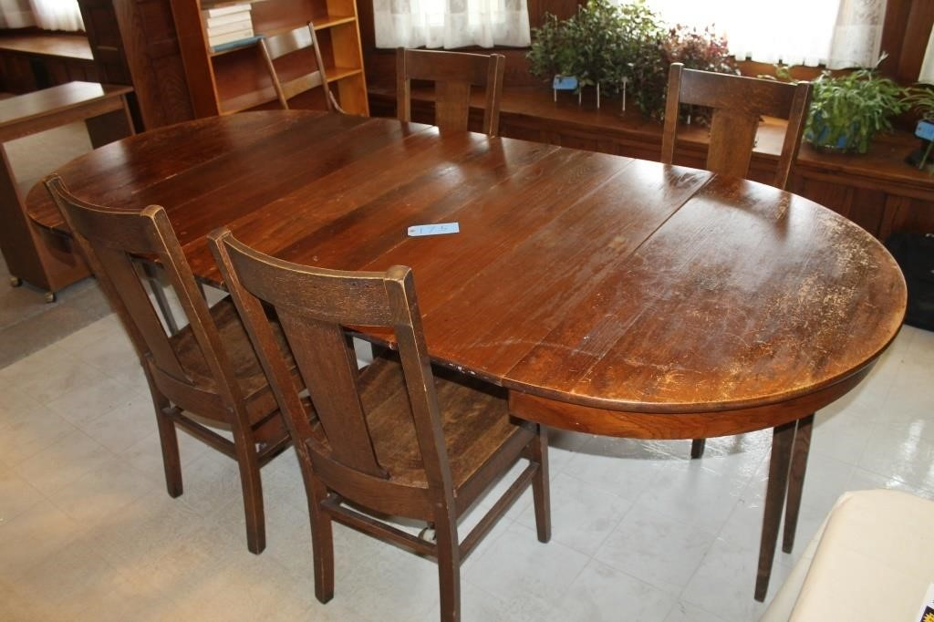 Astounding Antique Oak Table And Chairs Hallberg Auction Llc Dailytribune Chair Design For Home Dailytribuneorg