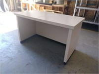 Small Desk, $15.00 Reserve