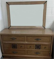 New 2 Me Auction - ONLINE ONLY