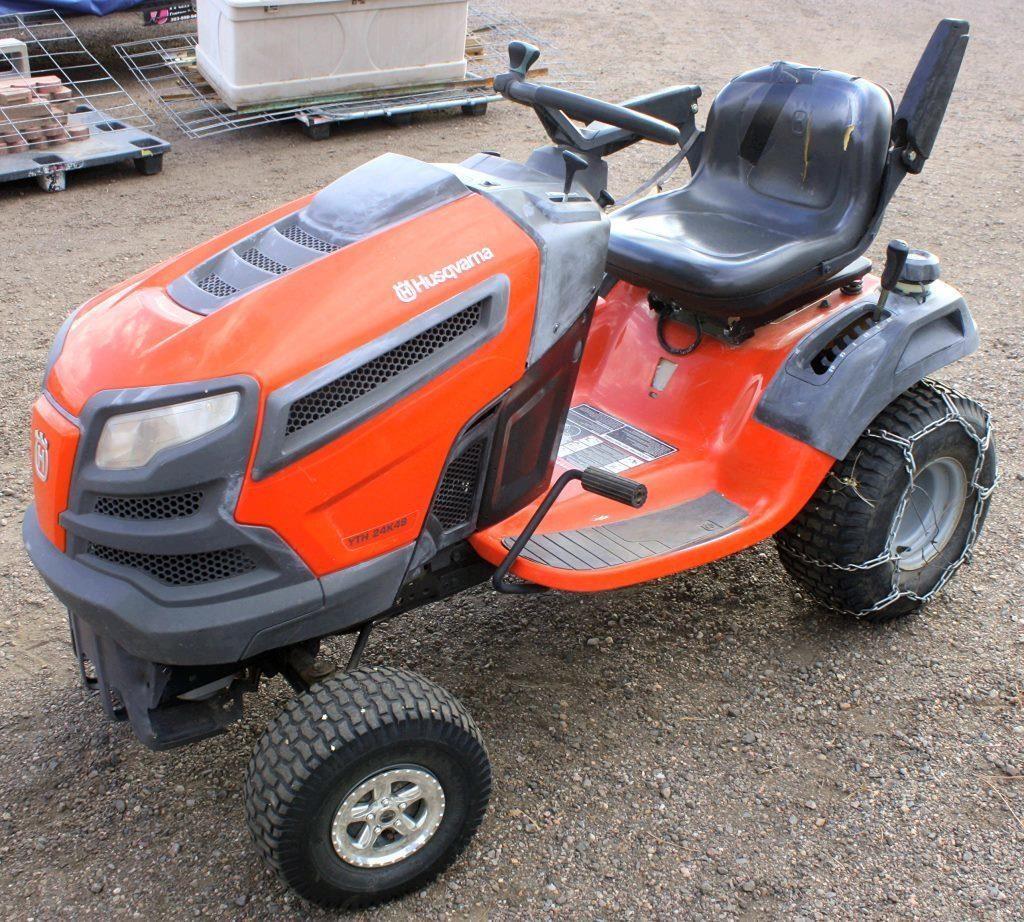 Husqvarna Garden Tractor | Linnebur Auctions, Inc