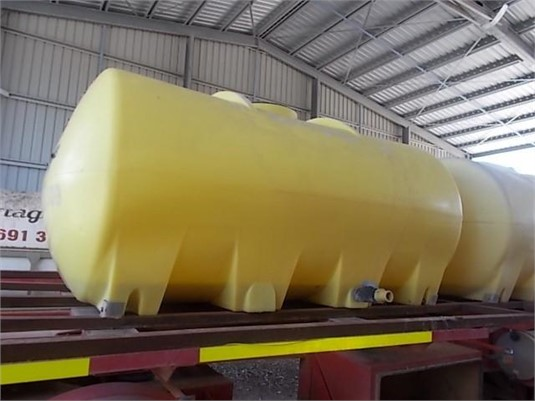Rapid Spray Custom Trailer Tanks - Sales - TruckWorld