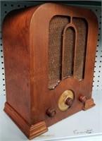 Tues., Nov.13th Jack & Janet's Antique Radio Museum Online