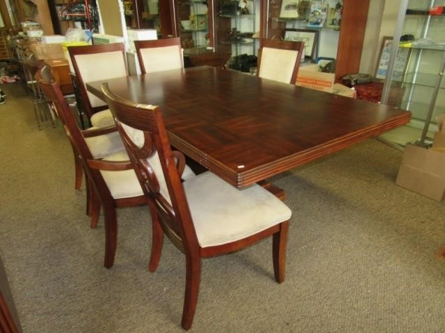 Lot 906 Somerton Dining Table By Dg Kingstone Furniture