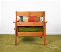 Americana wooden lounge chair