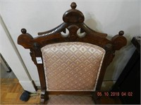 CARVED VICTORIAN ERA SIDE CHAIR